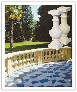 Balustrade Classique Langeais - Ton pierre - en pierre reconstituée