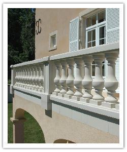 Balustrade Royan avec trumeau classique - Blanc cassé - en pierre reconstituée - CP 0/32