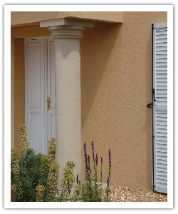 Smooth columns - bathstone - in reconstructed stone