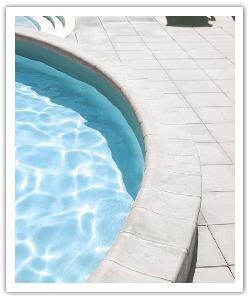 Tegels en Zwembadboordsteen Aquitaine - gebroken wit - Namaak Natuursteen