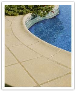 Tegels en Zwembadboordsteen Aquitaine - Steen uit Lot - Namaak Natuursteen