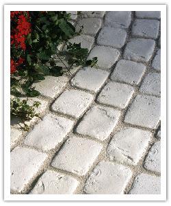 Pavés de terrasse Chinon - champagne - en pierre reconstituée 2