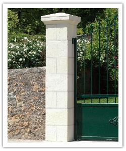 Pilier de clôture Amboise avec joints - Blanc - en pierre reconstituée