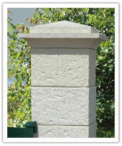 Pilier de clôture Cheverny - Champagne - en pierre reconstituée