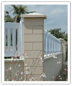 Pilier de clôture Lisse PR38 - Ton pierre - en pierre reconstituée