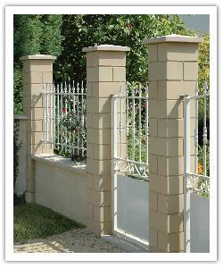 Piliers de clôture Lisses PD32 - Ton pierre - en pierre reconstituée