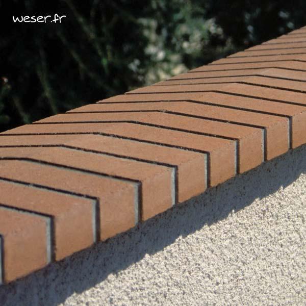 Chaperon OPTIPOSE® 2 pentes WESER - Coloris Brique et Joints Gris Largeur 28 cm