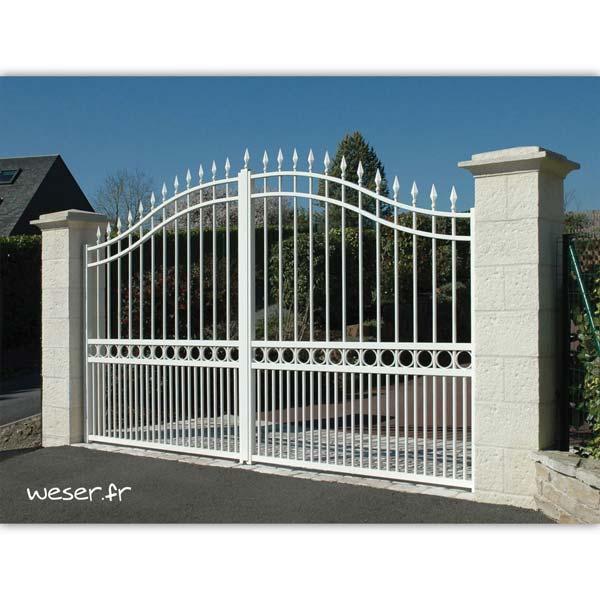 Pilier de clôture et de portail Cheverny Weser - élément de poteau largeur 38 cm, chapiteau largeur 52 et chapeau largeur 40 avec joints - Crème