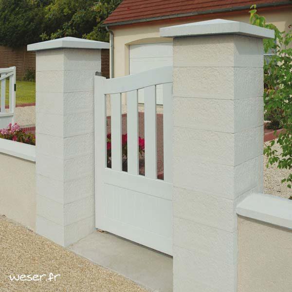 Pilier de clôture ou de portail Référence Weser - largeur 39 cm - Blanc cassé