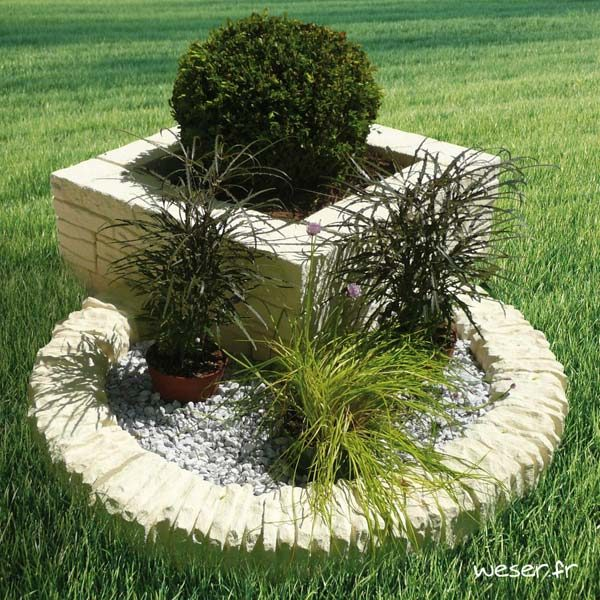 Bordure droite de jardin Chinon et bordure courbe de jardin Florac Weser - en pierre reconstituée - Crème
