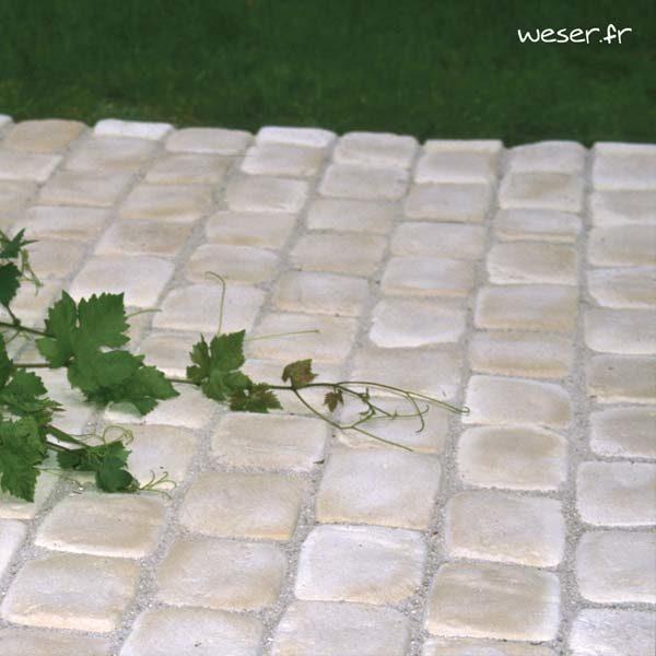 Bande de Pavés Chinon Weser pour la terrasse - en pierre reconstituée - Coloris crème