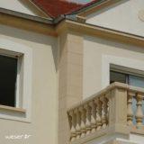 Chaîne d'angle pour pose droite et Corniche Doucine pour façade Weser - en pierre reconstituée compressée - Coloris Ton pierre