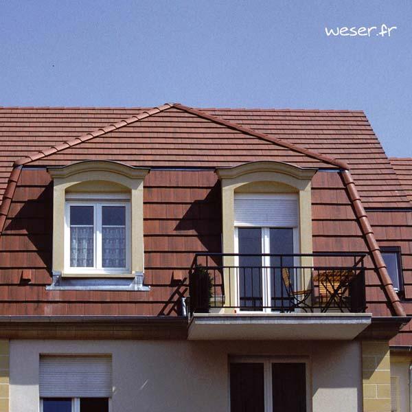 Lucarne de fenêtre à Chapeau de Gendarme sans faux joint Weser - en pierre reconstituée compactée - Coloris Ton pierre